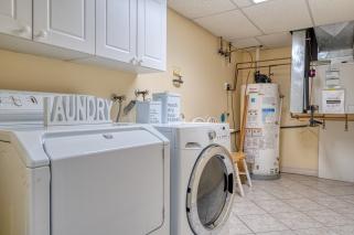 laundry-110-990-Golf-Links-Road-33